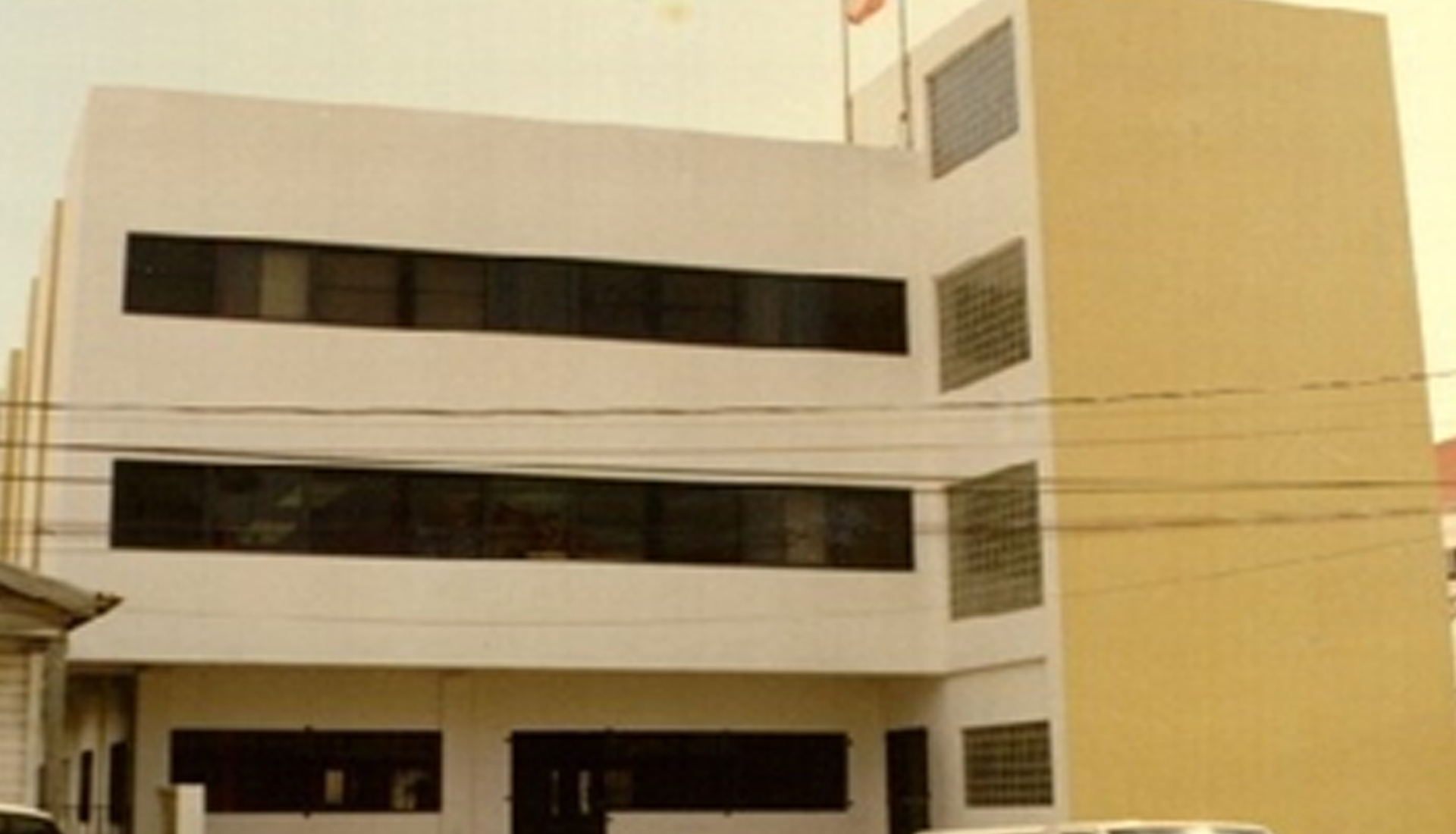 Commercial-Office-Building,-North-Front-Street,-Belize-City